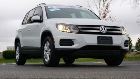 Certified Pre-Owned 2016 Volkswagen Tiguan 4MOTION 4dr Auto S