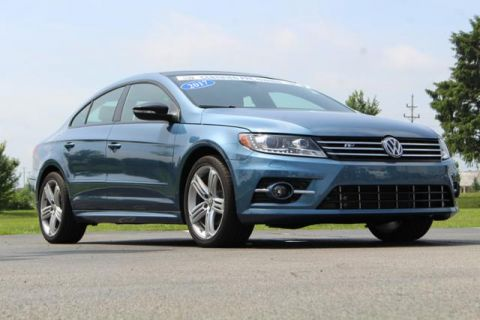 Certified Pre-Owned 2017 Volkswagen CC R-Line 2.0T Executive w/Carbon DSG